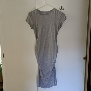 Stretchy maternity bodycon t-shirt dress